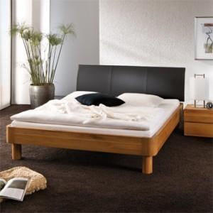 Устанавливаем подиум для спальни в малогабаритной квартире.